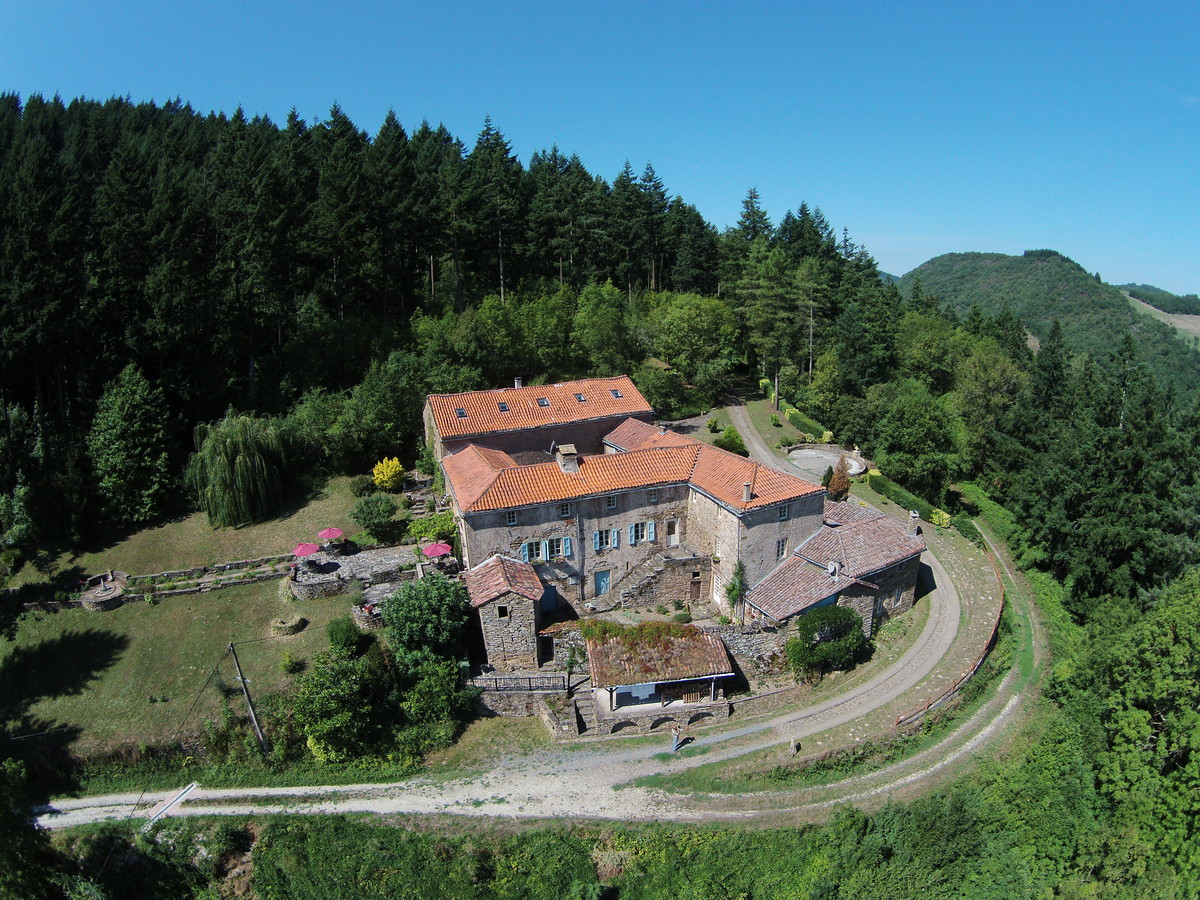 For sale Guest rooms brousse le chateau