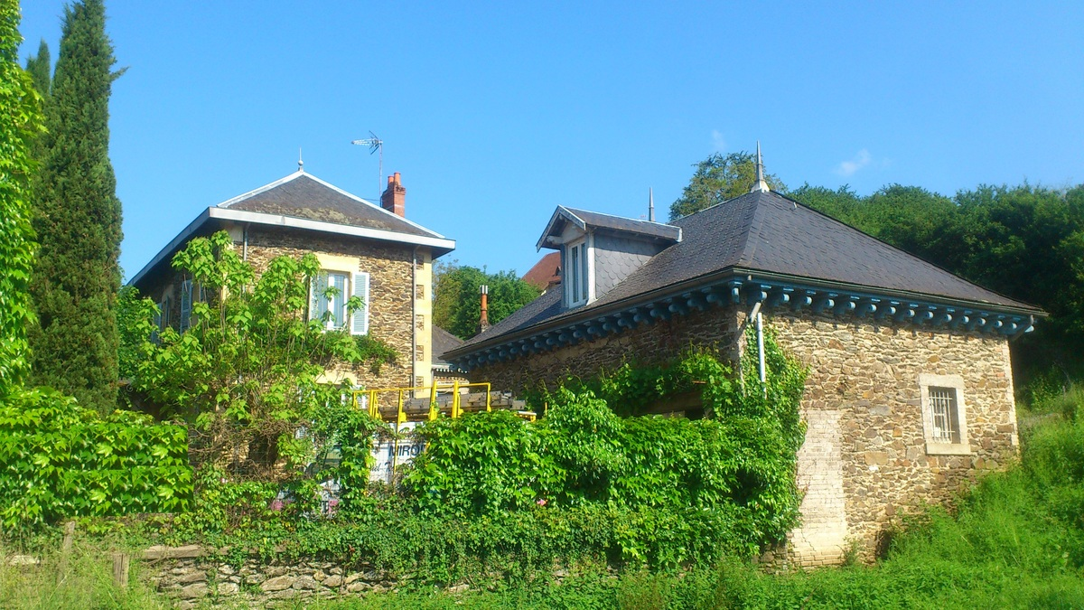 For sale House saint parthem