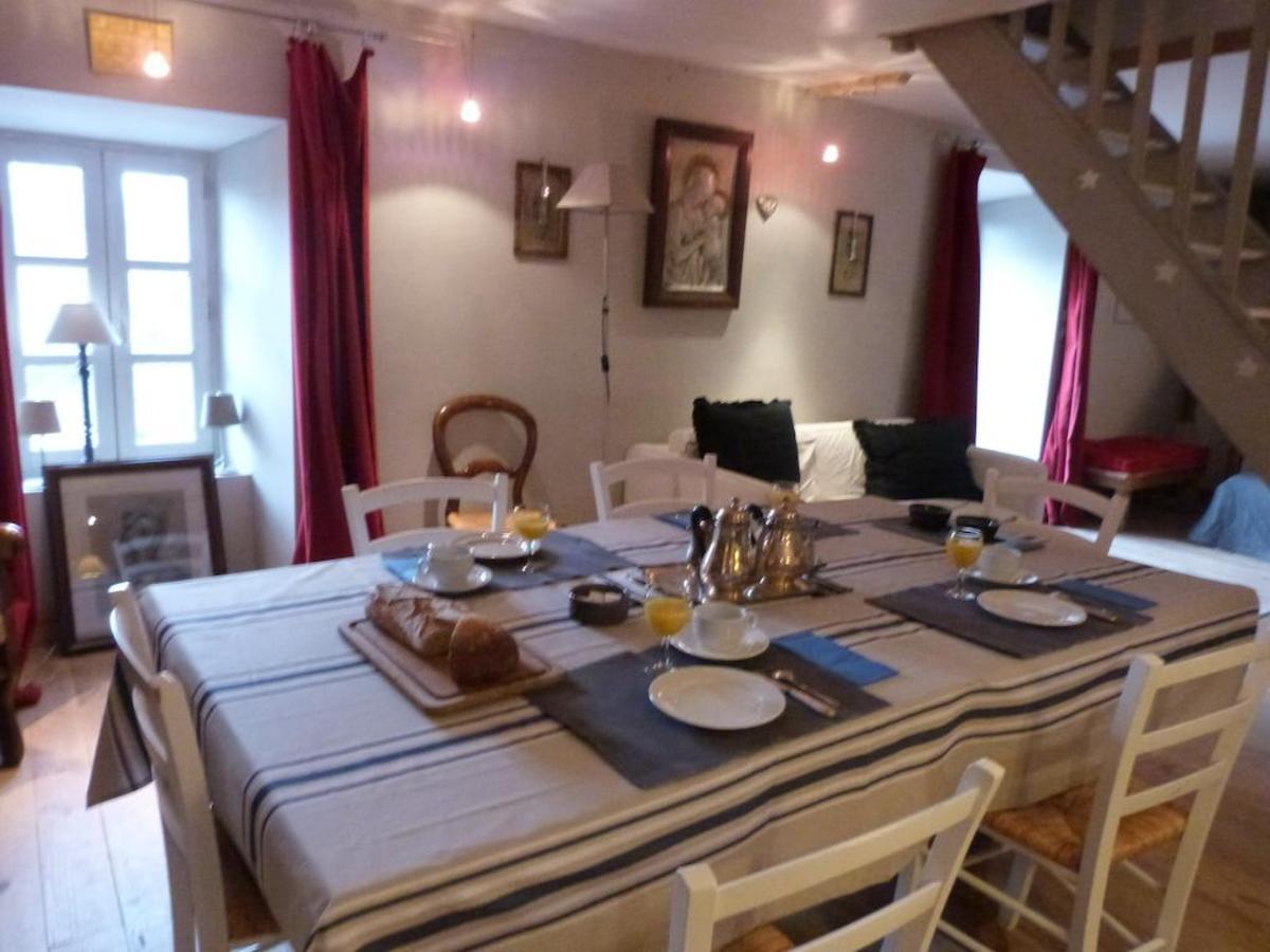 vente achat maison villa laval roquecezi re 12380. Black Bedroom Furniture Sets. Home Design Ideas