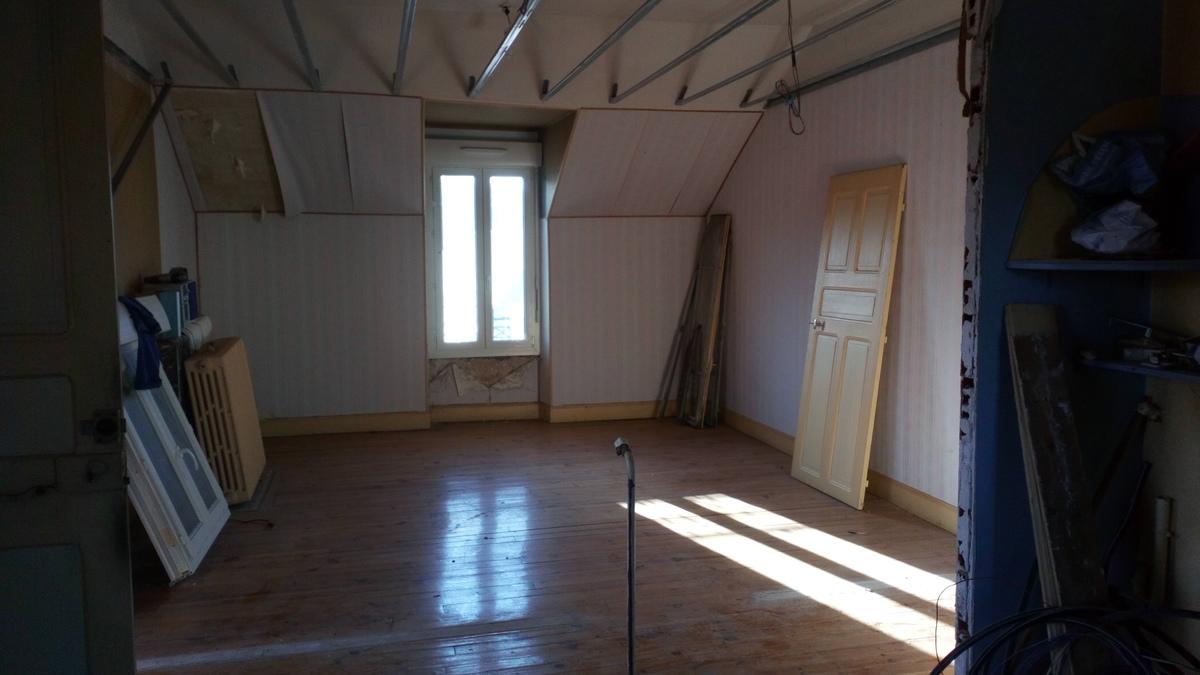 Immeuble - Saint-Christophe-Vallon