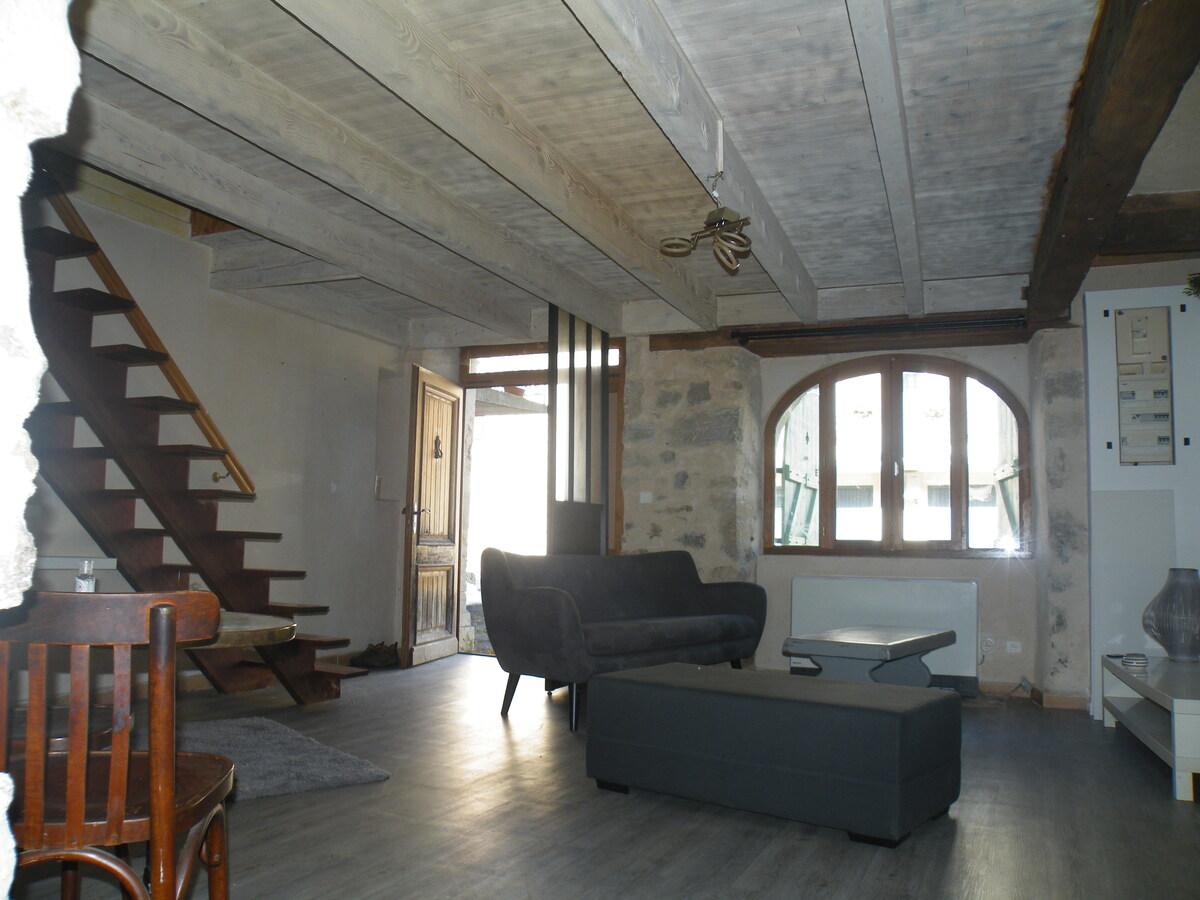 House - Montbazens
