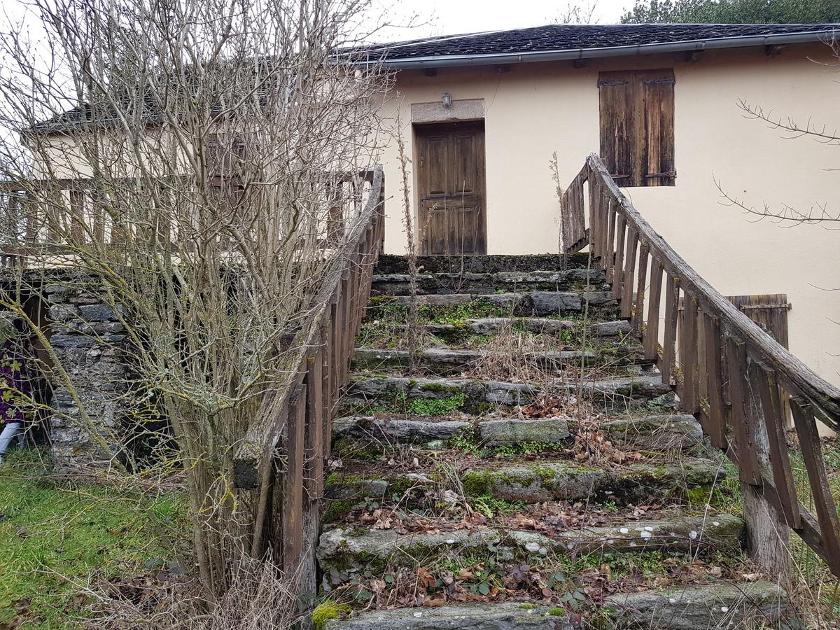 Maison/Villa - ALRANCE
