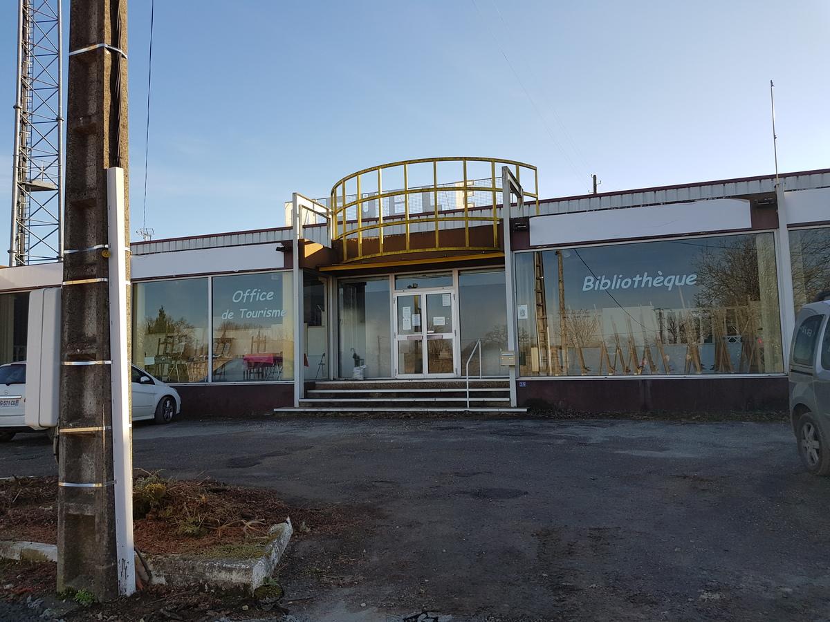 Building - RIGNAC