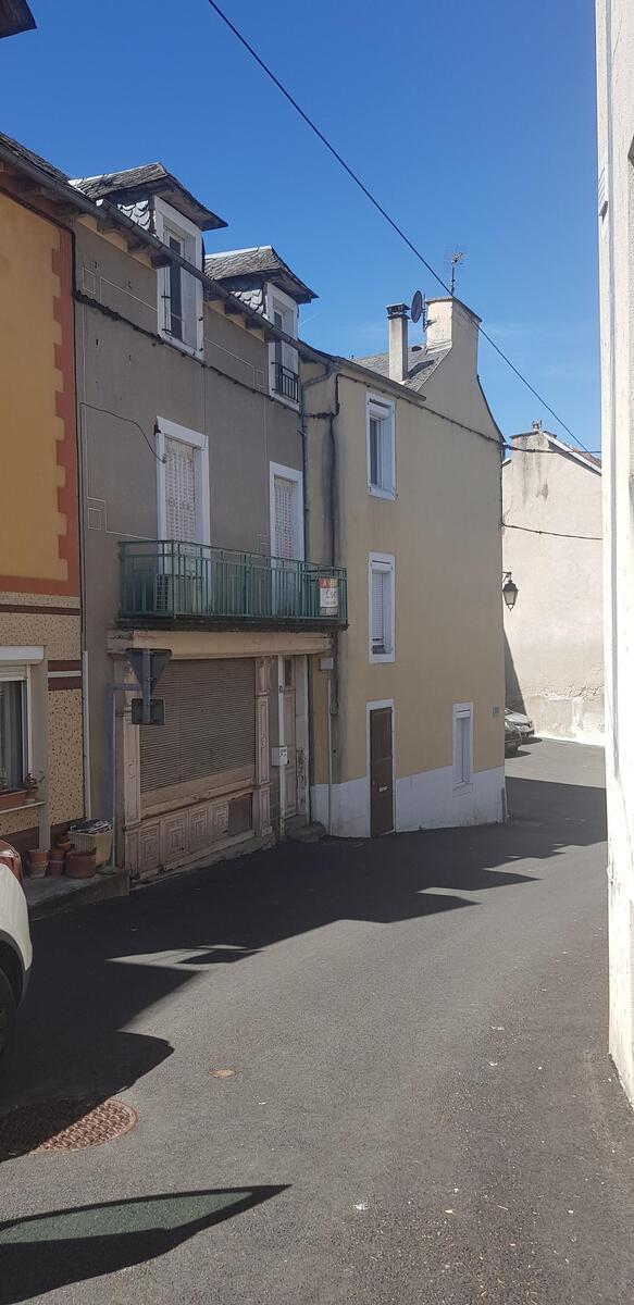 Immeuble - Cassagnes-Bégonhes