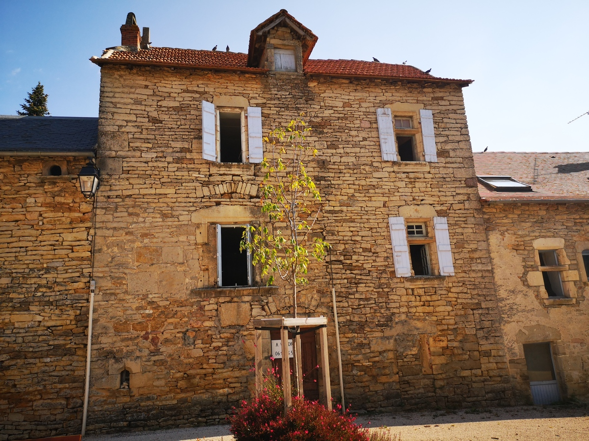 For sale House Vailhourles